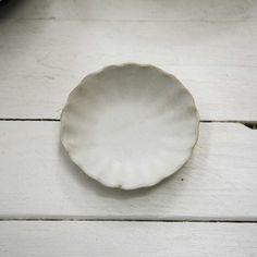 Handmade scalloped flat bowl