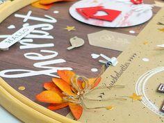 Herbstliches Layout im Stickrahmen | Kreativwerkstatt Creative, Up, Layout, Paper, Creative Ideas, Invitations, Gifts, Crafting, Page Layout