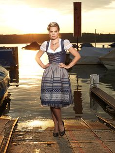 Dirndl Valentina #angermaier #trachtenangermaier #dirndl #dirndlliebe #tracht