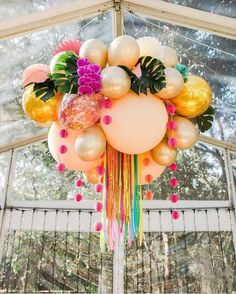 taking balloon garland planning to the next level. taking balloon garland planning to the next level. Who wants this at their next event? Flamingo Party, Birthday Party Decorations, Birthday Parties, Tropical Party Decorations, Birthday Ideas, Decorations With Balloons, Simple Balloon Decoration, Birthday Brunch, Deco Ballon