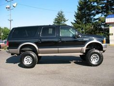 Ford Excursion Limited '00 For Sale in Washington — $11995