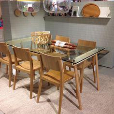 Lunchdags! Matbord med bockar och glasskiva, 180x90cm, 9.900kr. Lova stol, som du bara kan köpa här på R.O.O.M., 1.750kr. #roombutiken #matbord #stol #nyhetpåroom #barapåroom
