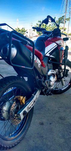Xre 300 rally dichavada Moto Cb 300, Honda, Cbr, Oakley, Draco, Mickey Mouse, Motorcycle, Bike, Vehicles