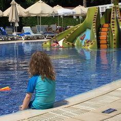 Urlaub mit Kleinkind: Side Serenis - Der Kinder-Pool mit Kraken-Rutsche