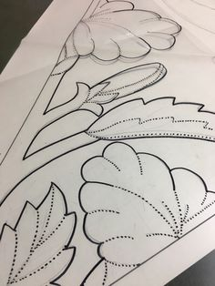 もう一つ新デザイン・ビッグプリンセスハイビスカス - ハワイアンキルト ときどき ・ ・ ・