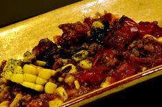 FLAN DE HUMITA CON TOMATICÁN EN EL QUE BUENO QUE VINISTE. Tapas, Flan, Beef, Dishes, Recipes, Restaurants, Pudding, Meat, Creme Brulee