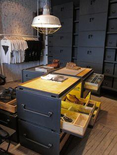 Vane X Sebago Concept Store, New York visual merchandising store design
