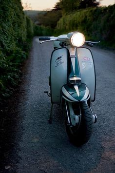 AF S Type 225 Lambretta, tuned Lambretta for more power an a better acceleration