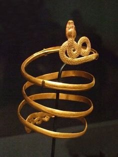Snake Armlet Roman 1st century BCE Gold, Photographed at the Dallas Museum of Art in Dallas, Texas. By mharrsch (Mary Harrsch) via Flickr
