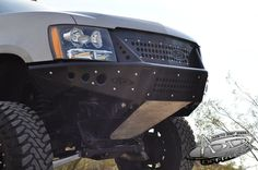2007 - Up Chevy Tahoe/Suburban/Avalanche Stealth Front Bumper w/ Integrated Grille: Aftermarket Truck Bumpers | Custom Truck Bumpers | ADD