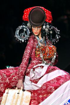 John Galliano. Brilliant! John Galliano, haute couture, couture, fashion, catwalk, runway, designer