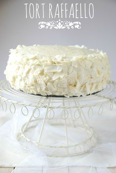 Big And Small, Vanilla Cake, Camembert Cheese, Frosting, Food And Drink, Cooking Recipes, Birthday Cakes, Tailgate Desserts, Cake