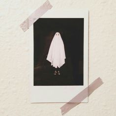 Find images and videos about photography, photo and Halloween on We Heart It - the app to get lost in what you love. Photographie Indie, Creepy, Scary, Ghost Photos, Polaroid Pictures, Kawaii, Beetlejuice, Fall Halloween, Stranger Things