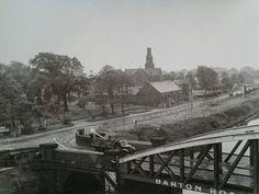 Barton swing bridge showing Old Barton Road