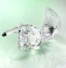 Authentic Swarovski Crystal Figurine: Anteater - Collectible by… Swarovski Crystal Figurines, Swarovski Pearls, Glass Figurines, Collectible Figurines, Crystal Kingdom, Cranberry Glass, Glass Animals, Crystal Collection, Glass Art