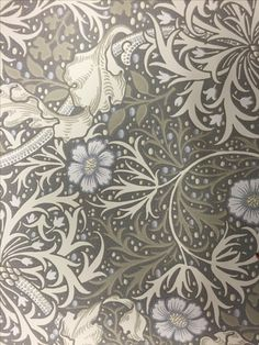 William Morris Co Seaweed silver/ecru Old Forge, Mantle Piece, Motif Floral, I Wallpaper, William Morris, Colour Schemes, My Dream Home, Fabric Design, Old Things