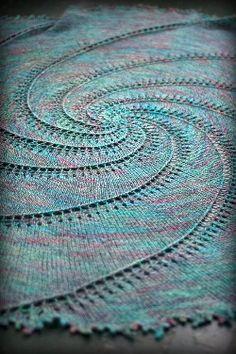 Spiral knitting patterns