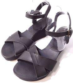 854552887ba Women s Loft Wedge Platform Sandals Open Toe Buckle closureUS Size 8M Black  NEW  Loft
