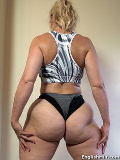 English MILF Daniella big ass gym milf