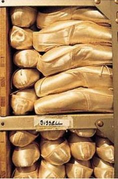 Royal Ballet Shoe room, take me thereeee. Pointe Shoes, Toe Shoes, Ballet Shoes, Dance Shoes, Ballet Wear, Ballet Dance, Bill Cooper, Shoe Room, Dance Movement
