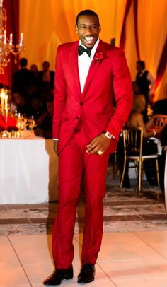 Amar'e Stoudemire looking fabulous at his wedding reception in a custom Lanvin suit.