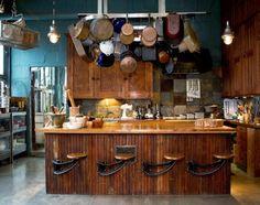 rustikale Küchen Design pfannen kücheninsel idee