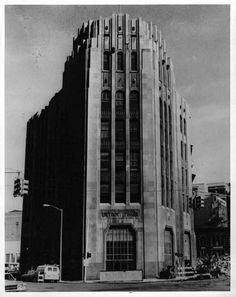 The Detroit Times Building is what gave the city's Times Square its name. This Albert Kahn-designed building was home to the Detroit Times n...