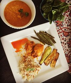 Weekend dinner: slow cooked chicken with fried squash, green beans and basmati rice with spicy dal. Healthy food in family time. Kids are gonna love it. #healthyfood #foodie #foodstagram #foodblogger #foodphotography #healthylife #healthylifestyle #blogger #mommyblogger #motherhood #momblogger #instagood #photooftheday #parenting #weekend #dinnerideas #dinner #dinnertime #momlife #lifestyle #delicious #exotic #mediterraneanfood