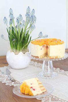 pikku murusia: Hedelmäinen juustokakku Camembert Cheese, Food Porn, Dairy, Pudding, Desserts, Tailgate Desserts, Deserts, Custard Pudding, Puddings