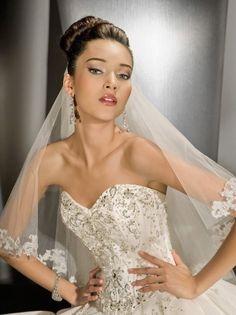 Funkelnde Tüll schulterfreies Classic Perlen Kugel Brautkleid Hochzeitskleid mit Semi-cathedral Zug $423.75 Hochzeitskleider