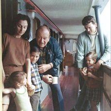 the john wayne family image search results John Wayne Wife, John Wayne Quotes, Hollywood Actor, Classic Hollywood, Old Hollywood, Vintage Movie Stars, Old Movie Stars, Wayne Family, Star Family