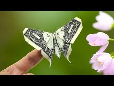 me ~ Butterfly dollar origami Origami Ball, Origami Butterfly, Origami Stars, Origami Flowers, Origami Tooth, Money Origami Tutorial, Origami Instructions, Folding Money, Origami Folding