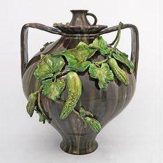 Bordalo Pinheiro pottery