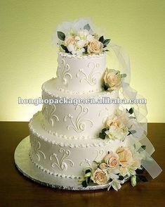 beautiful shabby chic inspired wedding cake | PattyMoon diario: Torte nuziali Shabby chic