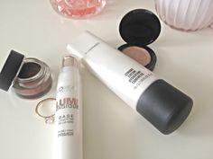 { MAC STROBE vs. MAGIQUE LUMI } | Julia Lindberg Strobing, The Cure, Mac, Lipstick, Blog, Magic, Lipsticks, Blogging, Poppy