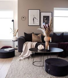 Image about black in Interior by Sofia on We Heart It Living Room Decor Cozy, Home Living Room, Bedroom Decor, Beige Living Rooms, Living Room Modern, Living Room Decor Ideas Apartment, Modern Room Decor, Living Room Clocks, Small Apartment Living