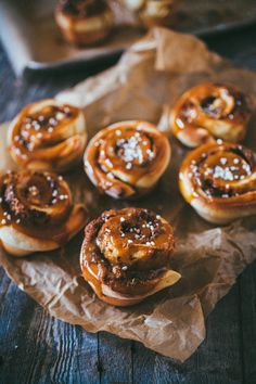 60 Minute Sticky Buns via Crêpes of Wrath, April 2014 (crepes filling cinnamon) Baking Buns, Sticky Buns, C'est Bon, Just Desserts, Food Inspiration, Sweet Recipes, Breakfast Recipes, Brunch Recipes, Sweet Tooth