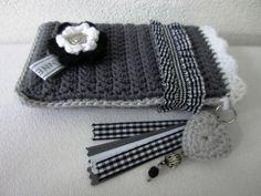 Telefoonhoesje    ♪ ♪ ... #inspiration_crochet #diy GB http://www.pinterest.com/gigibrazil/boards/