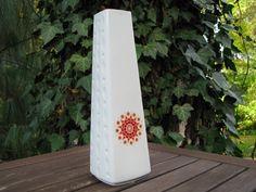 White Op Art Vase with Daisy Blossom – Winterling Porcelain – Sixties 1960s – Vintage – Design – Hippie von everglaze auf Etsy
