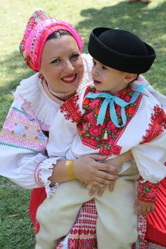 Heľpa village, Podpoľanie region, Central Slovakia. Bratislava, We Are The World, People Around The World, International Clothing, Beautiful Costumes, Folk Fashion, Folk Costume, My Heritage, Mothers Love