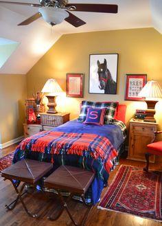Plaid Bedroom #preppy #decor