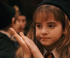 gif, harry potter, and hermione granger 이미지 potter aesthetic gif Animated gif about gif in WizardWorld by E L A Harry Potter Hermione, Hermione Granger, Mundo Harry Potter, Harry Potter Icons, Harry Potter Tumblr, Harry Potter Pictures, Harry Potter Aesthetic, Harry Potter Characters, Harry Potter World