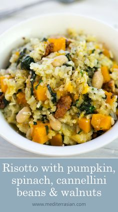 A colorful and luscious risotto with sweet pumpkin, crunchy walnuts, delicate spinach and creamy cannellini beans. Whole Food Recipes, Dinner Recipes, Cooking Recipes, Healthy Recipes, Spinach Risotto, Chorizo Risotto, Pumpkin Risotto, Vegetable Recipes, Pumpkin Recipes Vegetarian