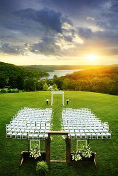 Sunset wedding on Grandview Lawn