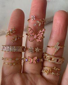 Ear Jewelry, Cute Jewelry, Jewelery, Jewelry Accessories, Vintage Jewelry, Stylish Jewelry, Fashion Jewelry, Nail Ring, Accesorios Casual