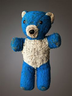 Much Loved: Photos of Old Stuffed Animals by Mark Nixon | Inspiration Grid | Design Inspiration