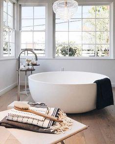 63 Ideas bathroom spa tub outdoor baths for 2019 Bathroom Tub Shower, Tiny House Bathroom, Dream Bathrooms, Modern Bathroom, Small Bathroom, White Bathrooms, Shower Tiles, Bath Tubs, Master Bathrooms