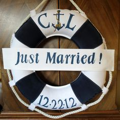 Life Ring Wreath for Nautical Beach Wedding. by --- for the back of the mustang? Nautical Wedding Theme, Wedding Themes, Decor Wedding, Wedding Ceremony, Wedding Ideas, Cruise Door Decor, Perfect Wedding, Dream Wedding, From Miss To Mrs