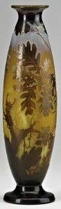 Galle Vase with Oak Design