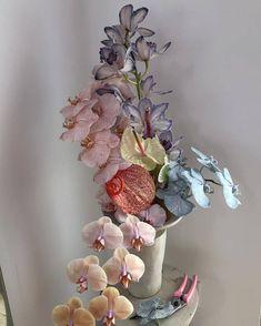 Fresh-Flower Arrangements for Wedding - Put the Ring on It My Flower, Flower Art, Cactus Flower, Rose Garden Design, Flora Design, Planting Roses, Flowers Garden, Flower Wallpaper, Beautiful Flowers